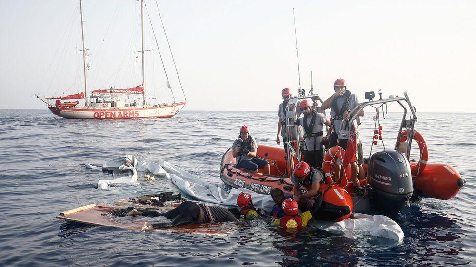 NGO rescue scene, 17 Jul 18