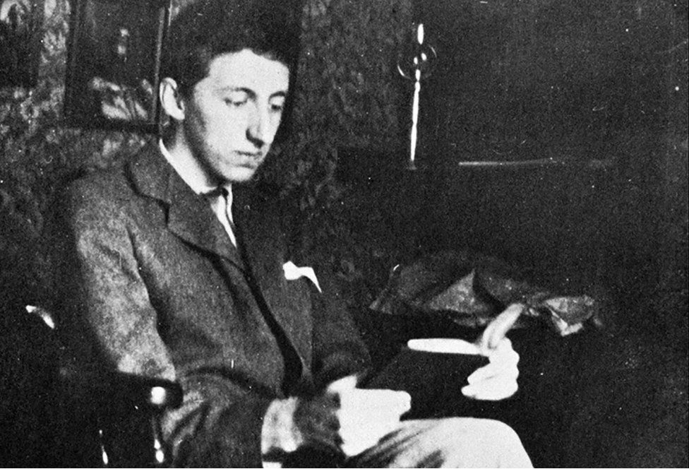 EM Forster started writing fiction at King's College Cambridge, where he first studied Classics, and then History (1897-1901)