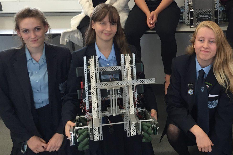john warner Year 11 girls with robot