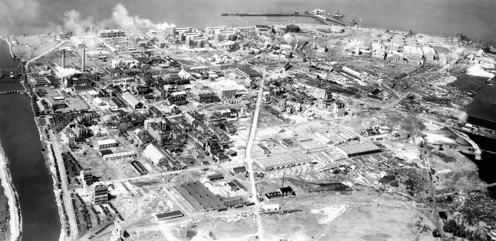 An aerial photograph of DuPont's Deepwater factory site, where tetraethyl lead (TEL) was developed
