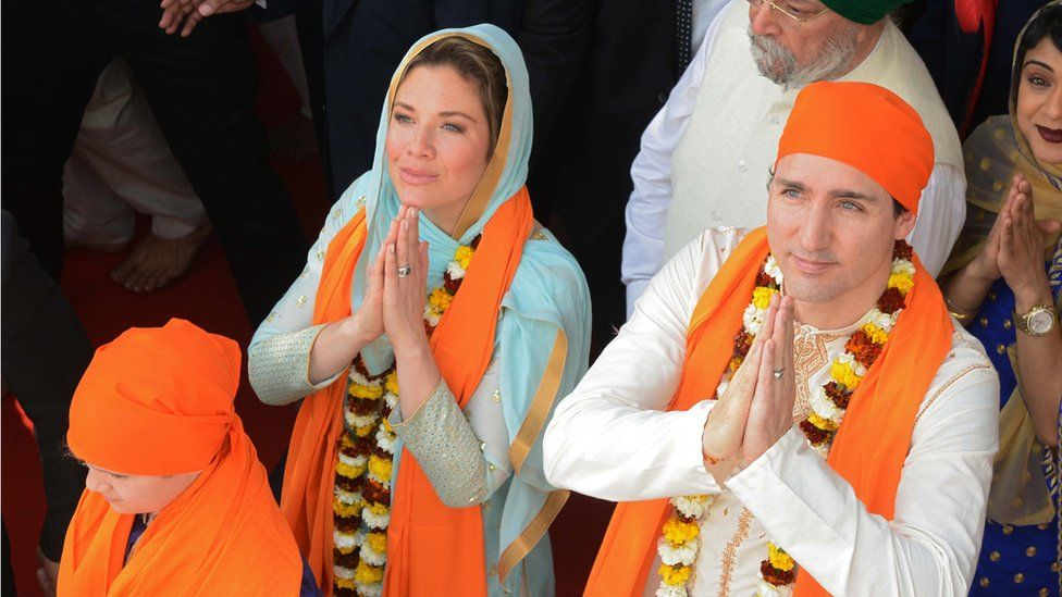 Canadian Prime Minister Justin Trudeau and his wife, Sophie Gregoire, at the Sikh Golden Temple.