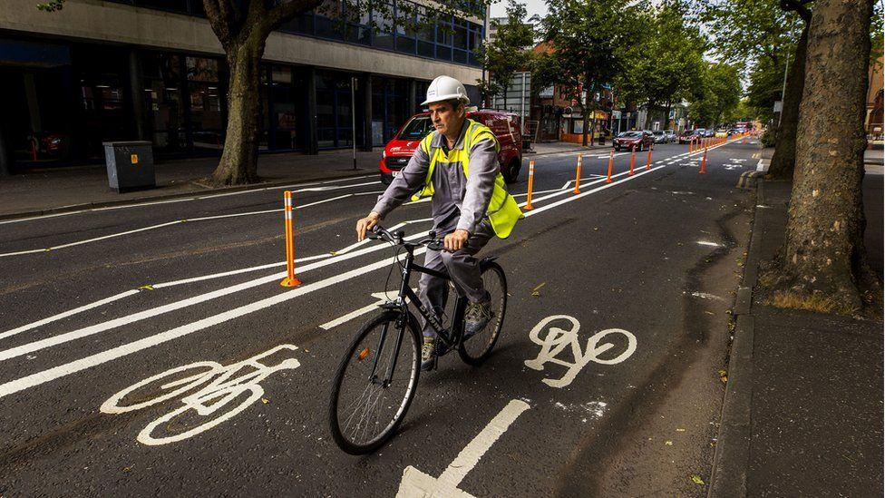 Pop-up cycle lane on Belfast's Dublin Road