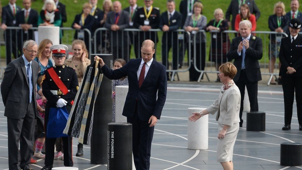 Prince William unveils the Founders Pillar