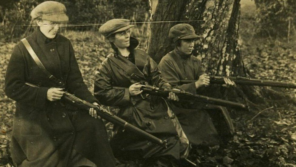 Linda Kerns, Eithne Coyle and Mae Burke at rifle practice in Duckett's Grove, Carlow