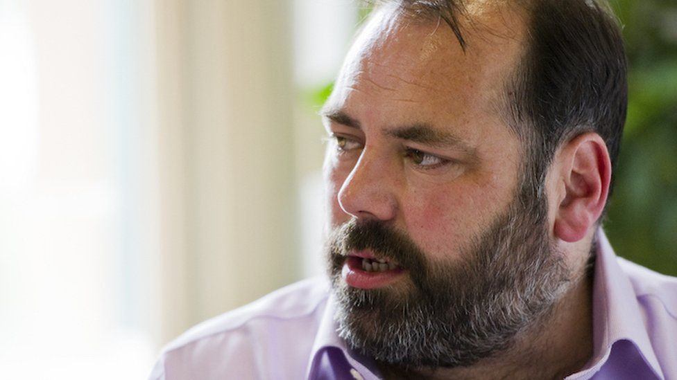 Prof Gerard Carruthers