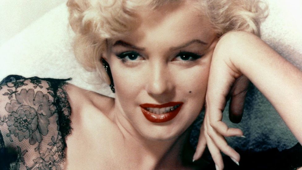 Close up of Marilyn Monroe, with beauty mark
