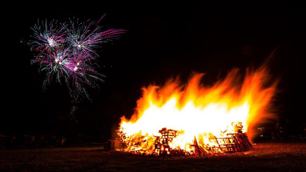 Poynton Round Table Bonfire Night