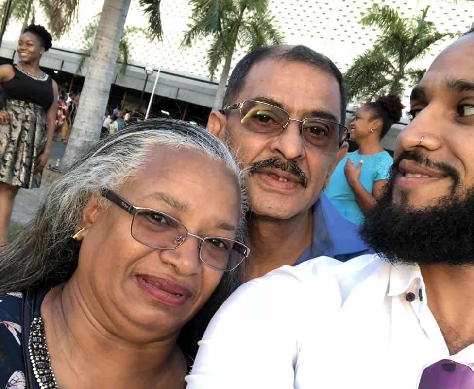 Bilal Harry Khan with his parents
