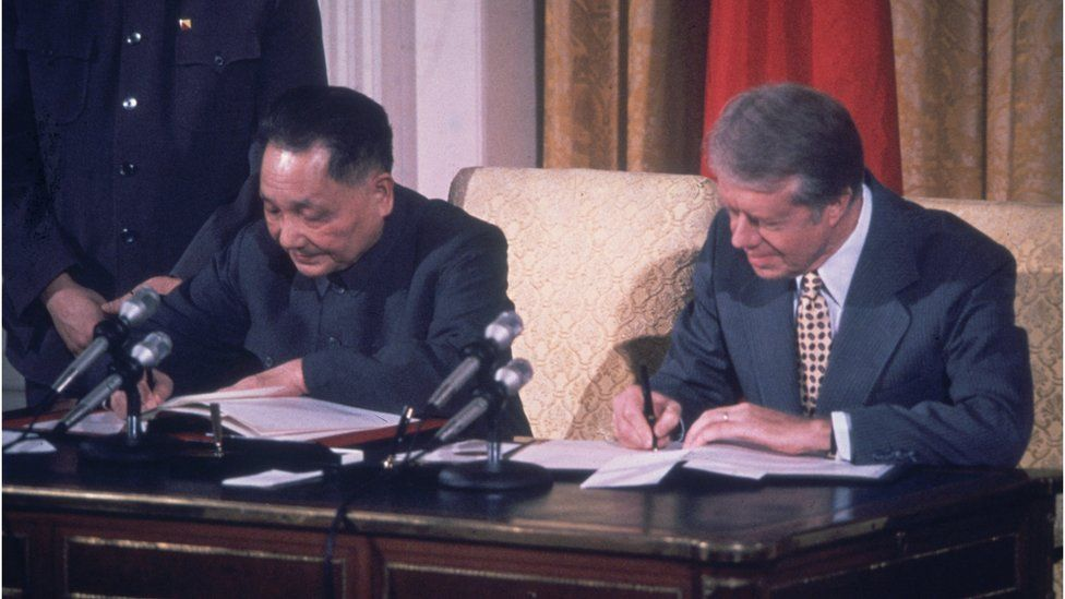 circa 1979: American president Jimmy Carter (right) and Chinese Communist leader Deng Xiaoping (1904 - 1997) sign papers to establish formal diplomatic ties between the US and China for the first time since 1949. (Photo by Consolidated News Pictures/Getty Images)