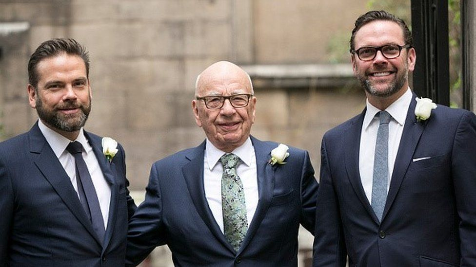 Rupert Murdoch with sons James (r) and Lachlan (l)
