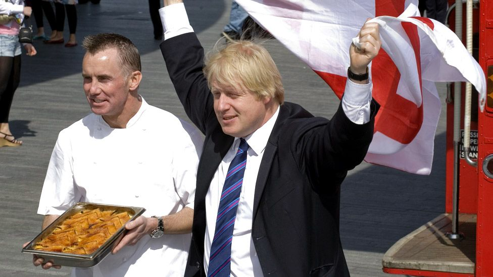 Gary Rhodes and Boris Johnson in 2009