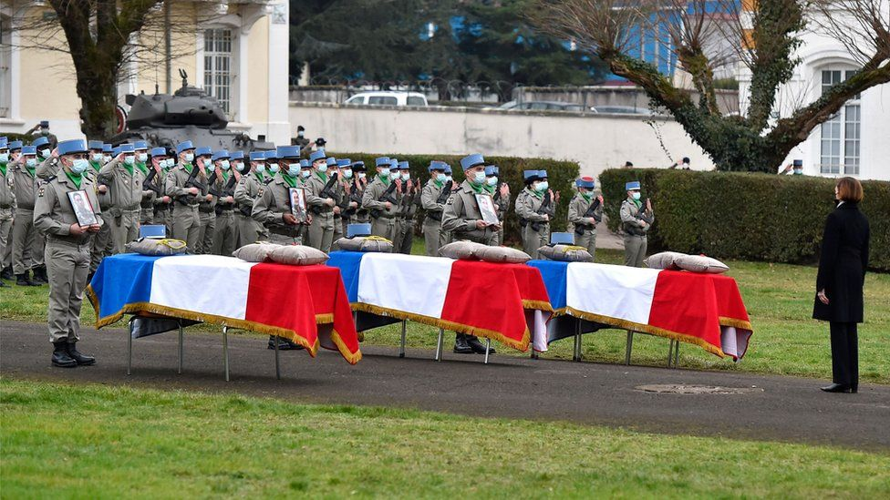 French Defence Minister Florence Parly pays tribute to three soldiers killed in Mali at a ceremony in France, 5 January 2021