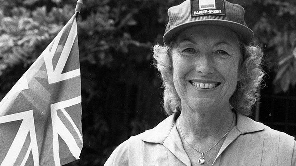 Vera Lynn waves a Union Jack flag in 1983