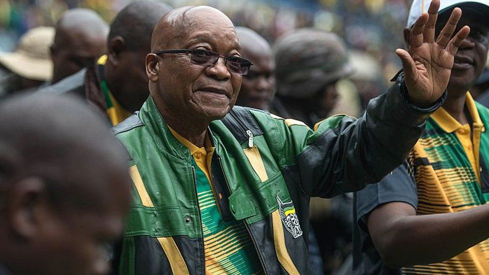 South African President Jacob Zuma (C) and South African ruling party African National Congress