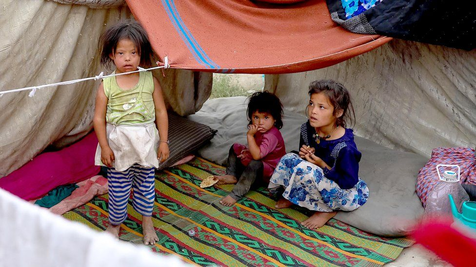 Children from displaced families taking shelter in a park in Kabul