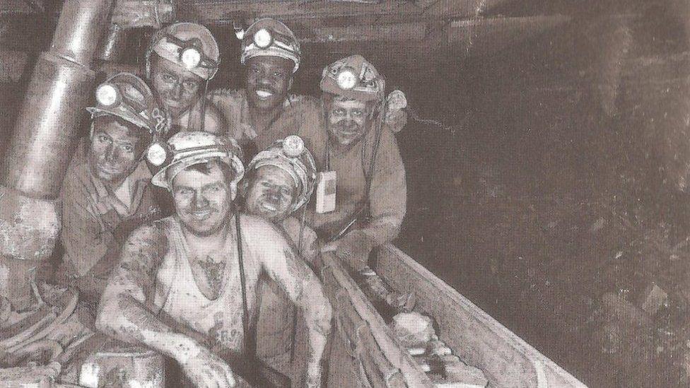 Miners at Calverton pit