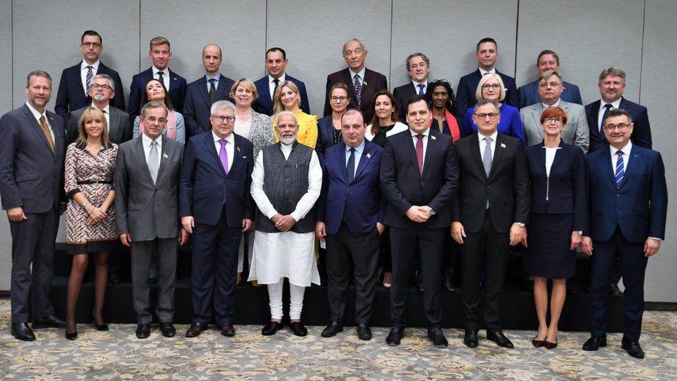 Prime Minister Modi with visiting delegates