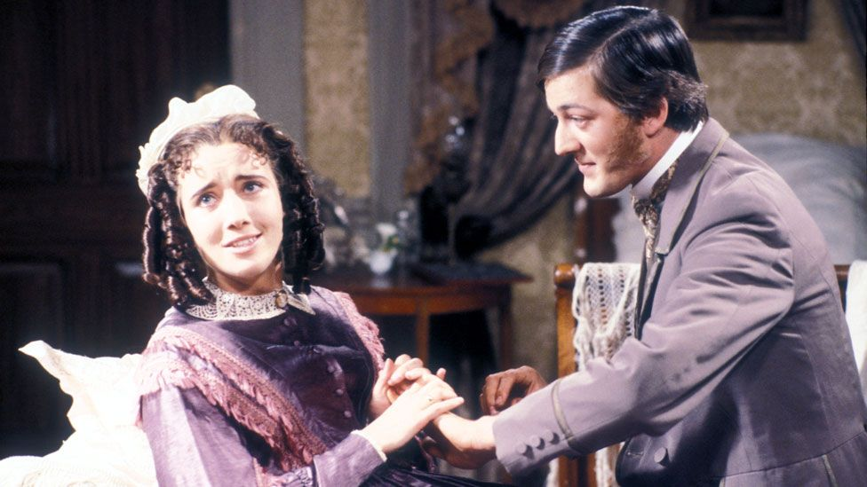 Emma Thompson and Stephen Fry in The Cambridge Footlights Revue