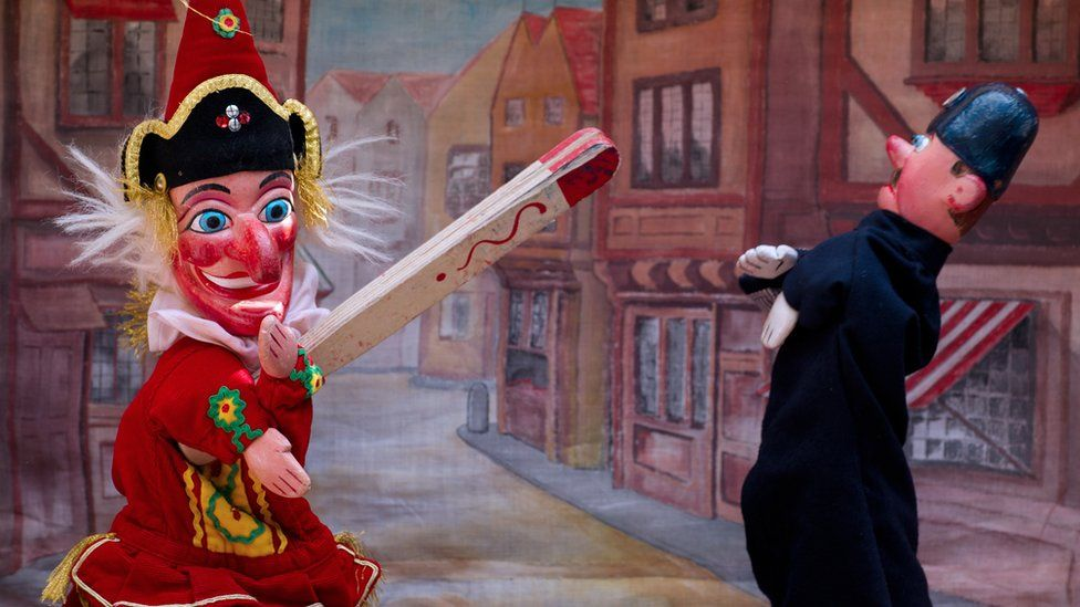 Punch puppet show