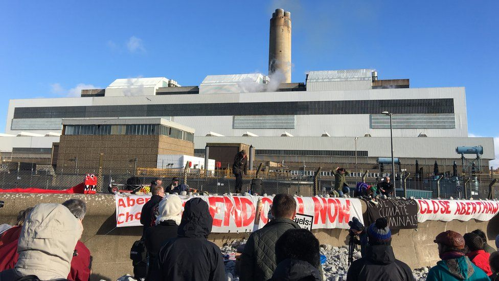 Protest at Aberthaw
