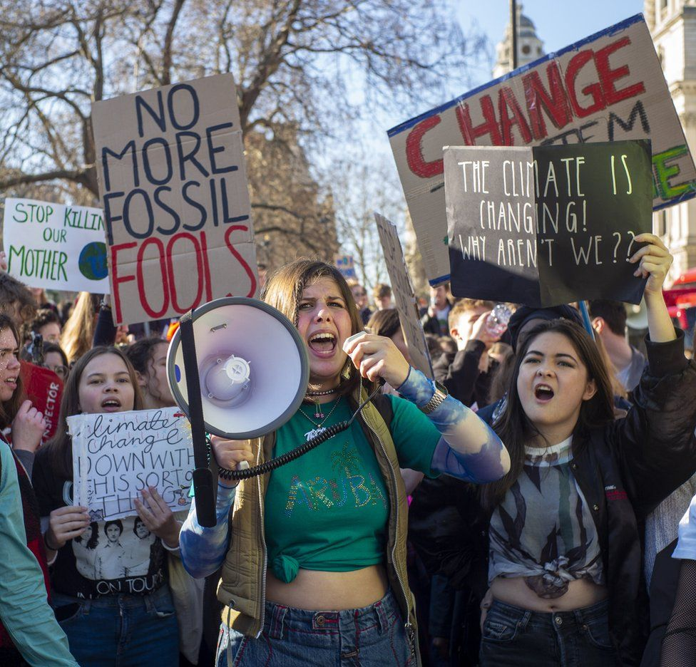 Students protest in parliament square
