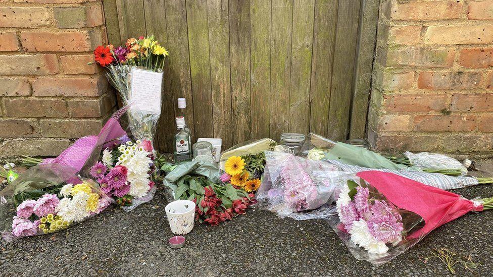 Flowers left in Laindon