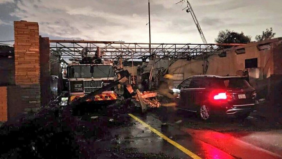 Tornado strikes Dallas, cutting power to thousands
