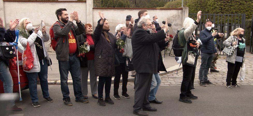 Visitors honouring Soviet war dead