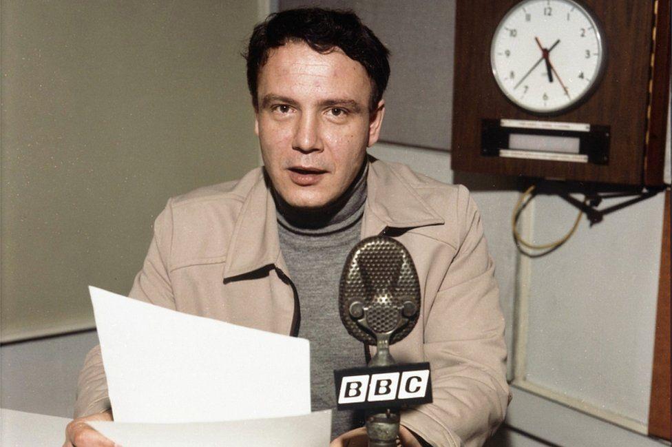 Bukovsky in BBC studio, 1978