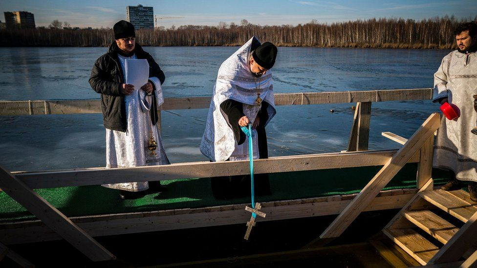 Epiphany festival: Christians dive into the icy waters of Europe and Russia 2