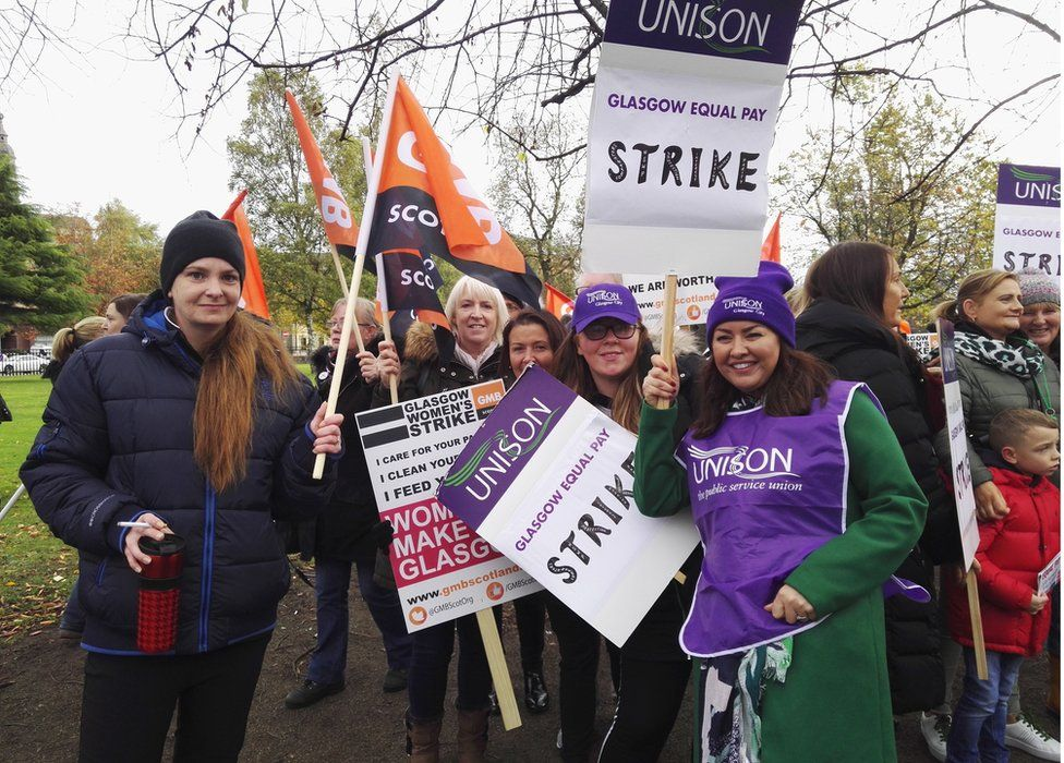 Strikers at Glasgow Green