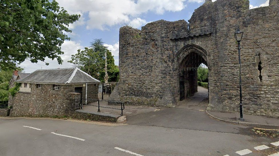 The toilets (left) next to the ruins of the Old Bishop's Castle