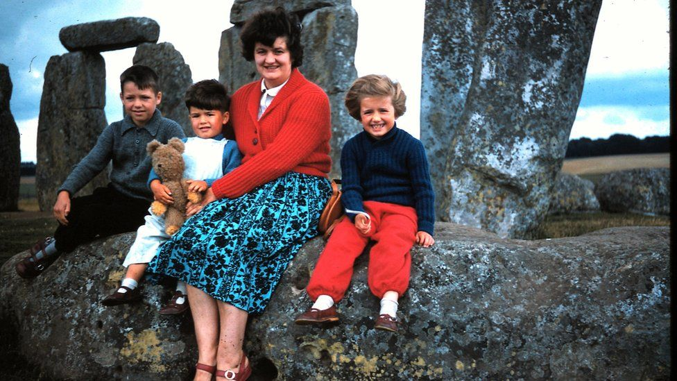 The Oliver family in 1962