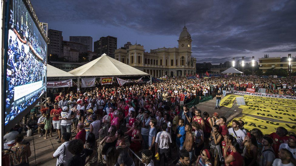 Crowds watch a parliament vote on President Dilma Rousseff's impeachment on a large screen in Belo Horizonte, Brazil, on 17 April 2016