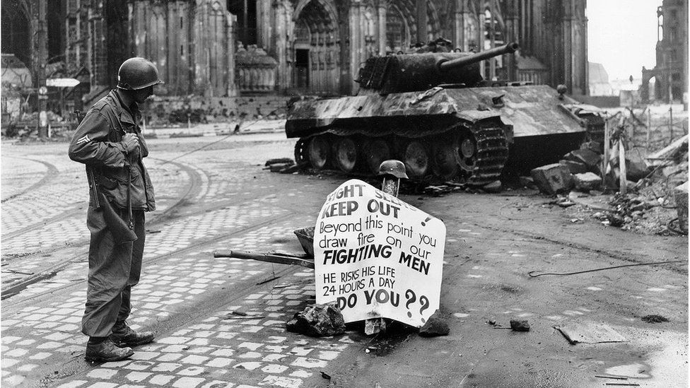 A soldier from the 82nd Airborne Division in Cologne in 1945