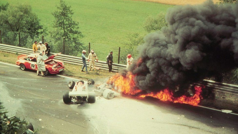 The aftermath of the 1976 crash