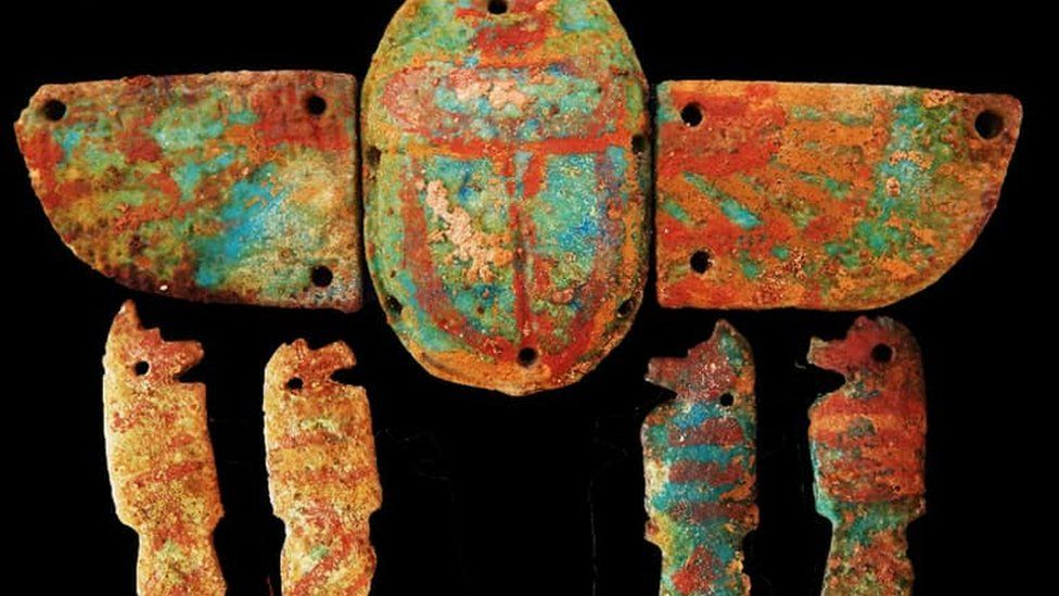 A picture of a scarab beetle amulet found near Luxor