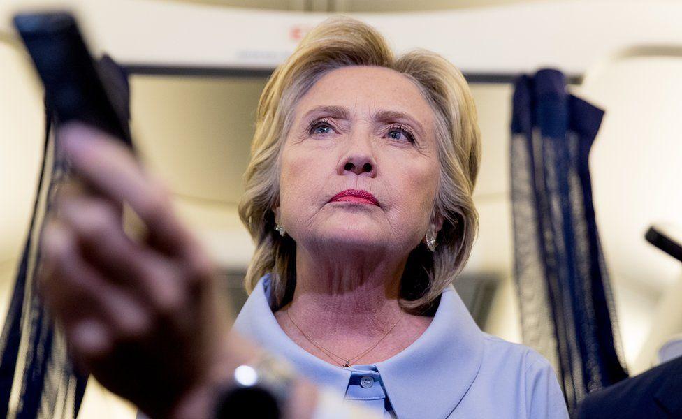 Hillary Clinton rechaza la invitación de Peña Nieto para reunirse con él en México