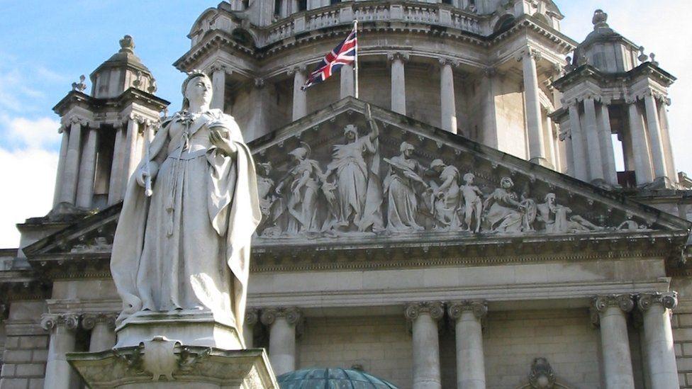 Queen Victoria statue at City Hall