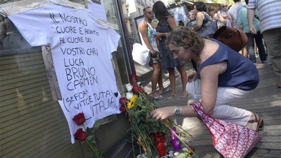 Tributes to victims of the van attack in Barcelona on Las Ramblas - here remembering Italians who died, 21 August 2017