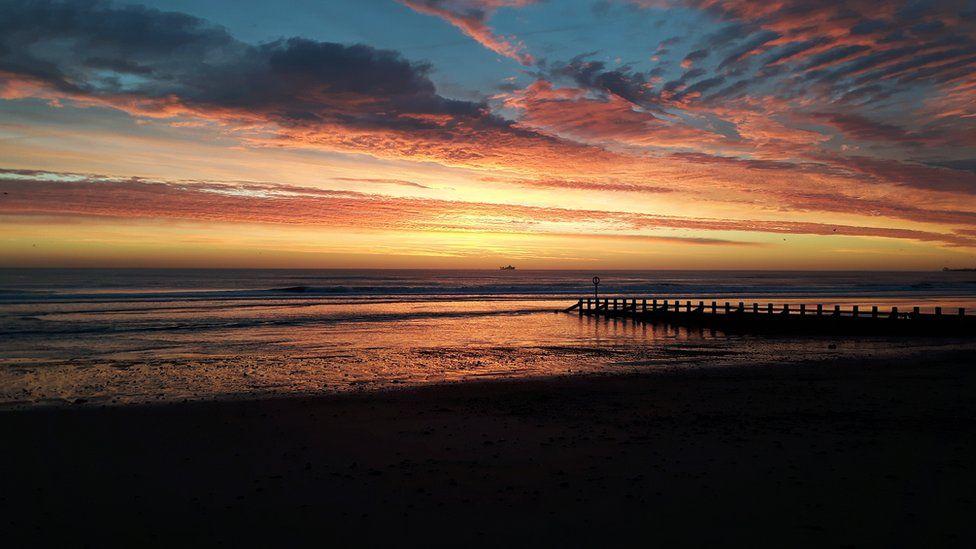 Sunrise at Aberdeen beach