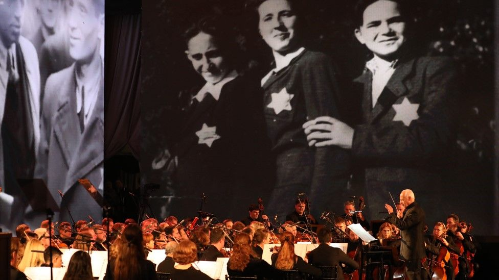 Orchestra plays music at the Fifth World Holocaust Forum in Jerusalem (23 January 2020)