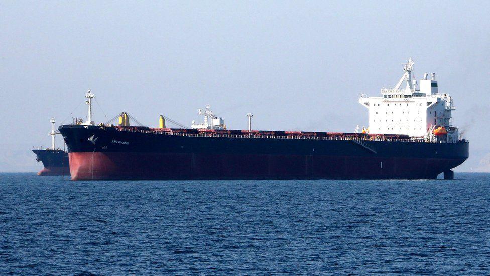 An oil tanker in the Strait of Hormuz, near the Iranian port of Bandar Abbas (30 April 2019)