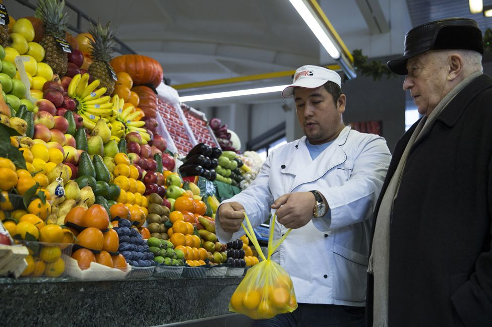 Food market in Moscow - file pic
