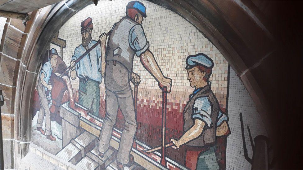 Rose Street Foundry mosaic