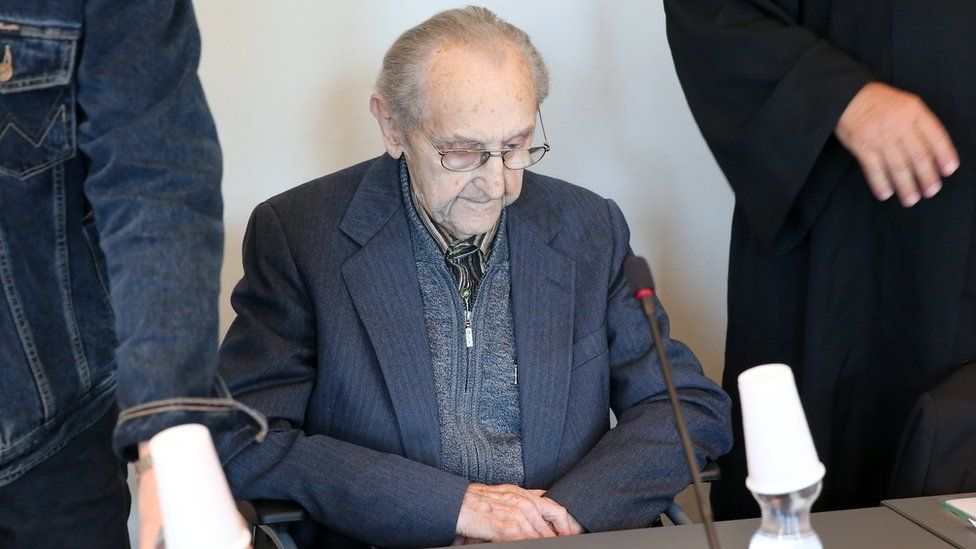 Former SS medic Hubert Zafke, 95, accused of aiding in 3,681 murders in Auschwitz in 1944, attends his trial on September 12, 2016 at the court in Neubrandenburg