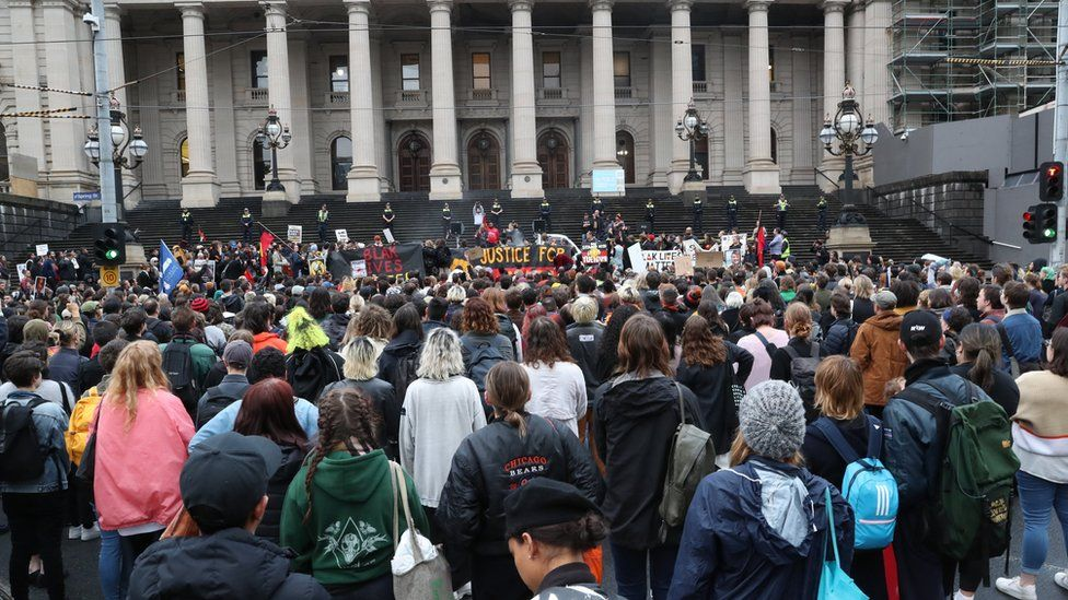 A crowd of protesters demanding justice for Mr Walker in Melbourne on 13 November