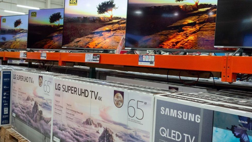 Samsung TVs should be regularly virus-checked, the company says