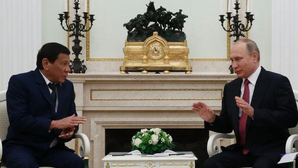 Philippine President Rodrigo Duterte (left) and Russian President Vladimir Putin in Moscow. Photo: 23 May 2017