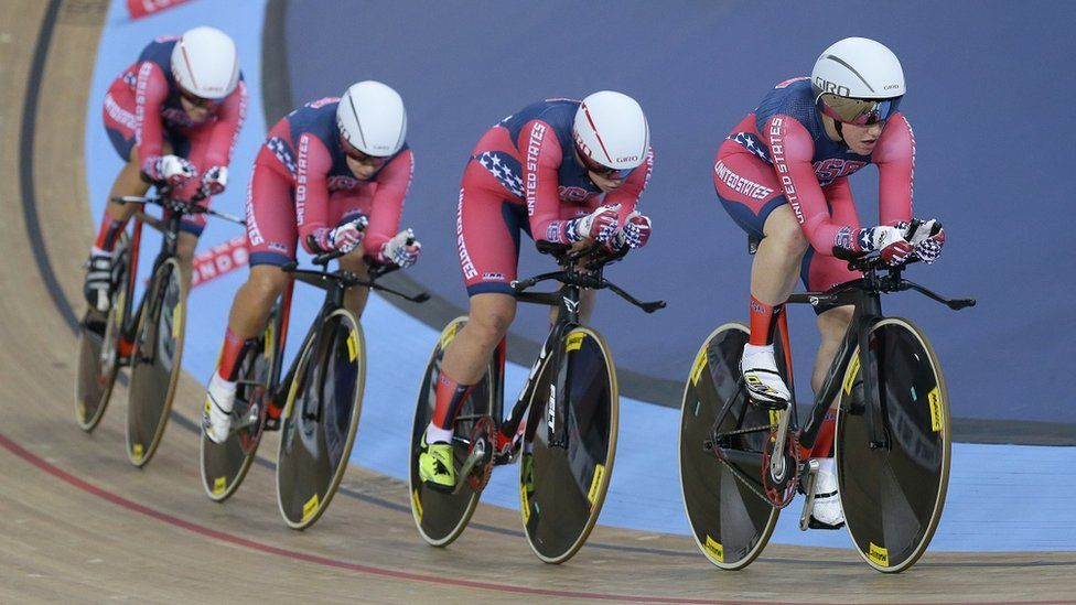 Women's US track cycling team in pursuit